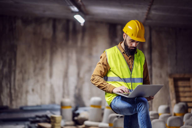 The Different Types of Safety Workwear, Explained